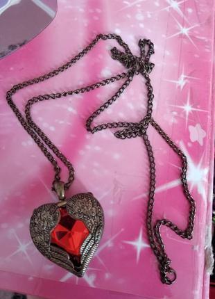 Кулон на довгій цепочці серце hand made