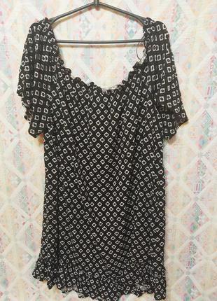 Красивая туника большой размер 22 24 блуза геометрический принт открытые плечи
