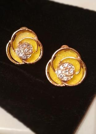 Серьги сережки жёлтые с камнями