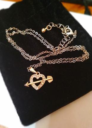 Стильная золотистая цепь цепочка с подвеской сердечком сердцем
