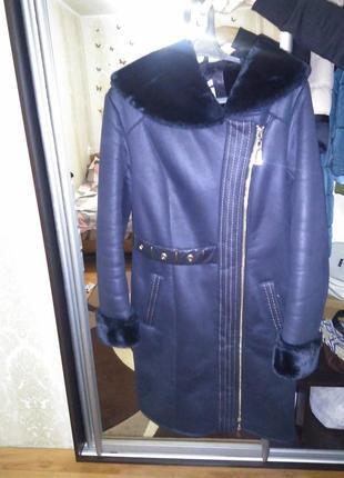 Дубленка, темно-синего цвета. 44-46размера. очень теплая