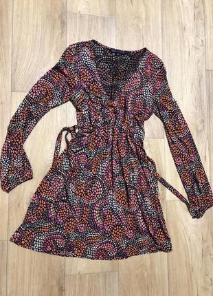 Яркое платье р. 44-46