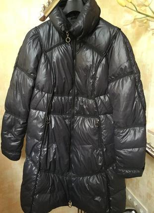 Пуховое пальто ambruchi