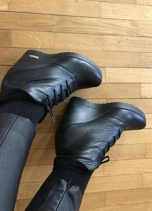 Осенние ботинки 37 р