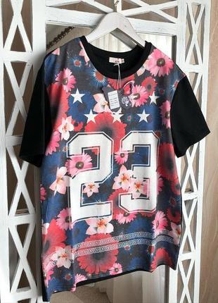 Крутая футболка с цифрами в цветочный принт the love brand