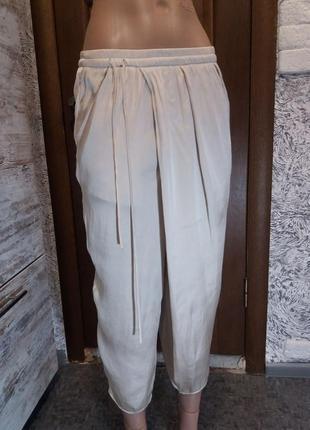 Струящиися укороченные штаны капри с запахом от zara