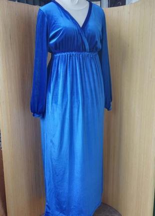 Вечернее синее велюровое платье под грудь с длинным рукавом