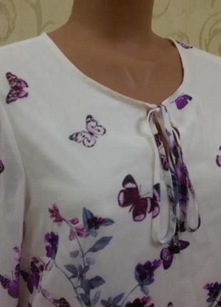 Блуза в цветочный принт с пишним шифоновим рукавом