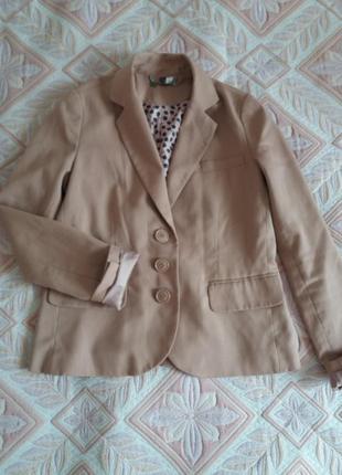 Пиджак цвета кемел