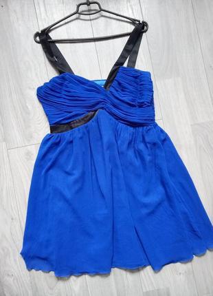 Яркое платье от lipsy