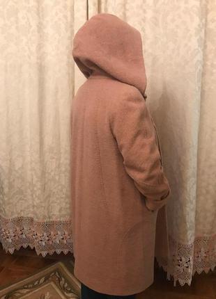 Пальто бежевое демисезонное шерстяное из бутика  с капюшоном , р.54, рост -высокий