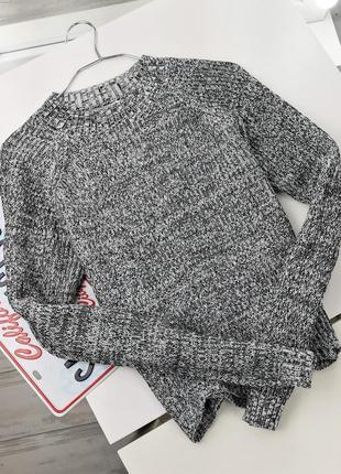 Базовый свитер из черно-белой нити с красивым краешком в164257 candy couture
