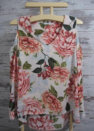 Красивые и стильные блузки.....