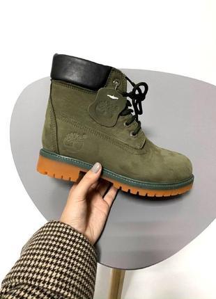 Шикарные женские зимние ботинки  с мехом  timberland khaki