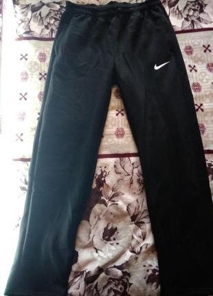 Продам тёплые спортивные штаны на флизе розмера