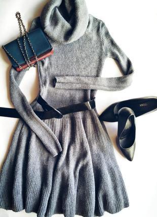 Вязаное платье клёш