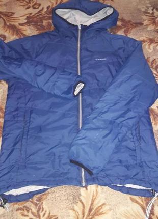 Курточка  44 размер