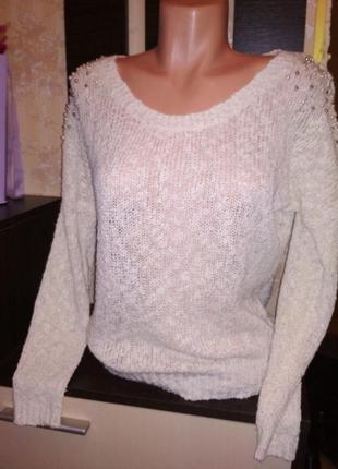 Женский свитер нежность