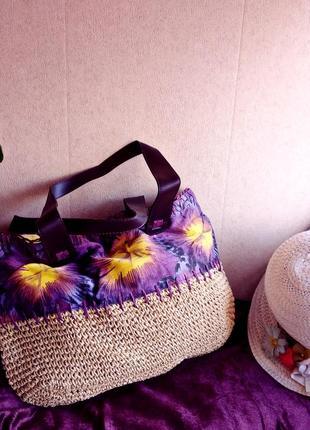 Пляжная соломенная сумочка