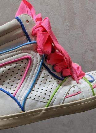 Кроссовки ботинки сникерсы