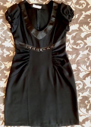 Платье черное коктейльное