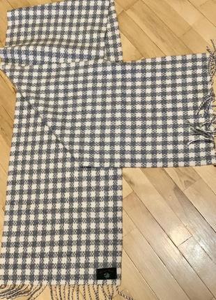 Шикарный  шарф из овечьей шерсти