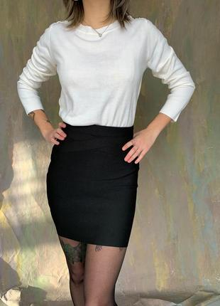 Бандажная базовая чёрная юбка