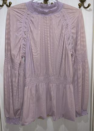 Фирменная стильная блуза кофта нежного цвета