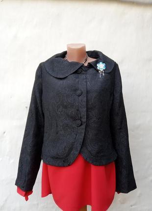 Винтажный красивый нарядный черный укороченный жакет с вышевкой,пиджак.
