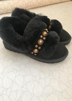 Новые зимние ботинки  меховые туфли ,мокасины ,угги