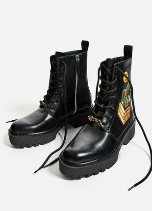 Ботинки зара в стиле милитари