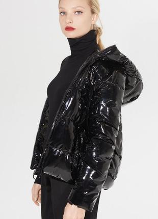 Куртка лаковая mohito (демисезон )