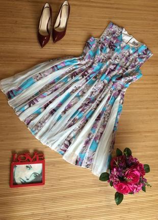 Очень красивое платье,размер xl