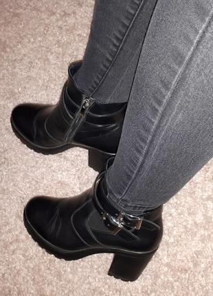 Актуальные зимние ботинки sharman