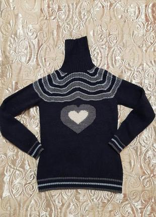Тёплый свитер на зиму