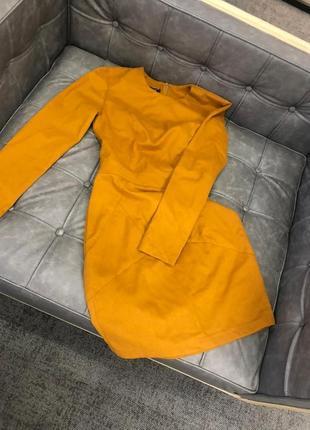 Тёплое платье из костюмной ткани, бренда must have