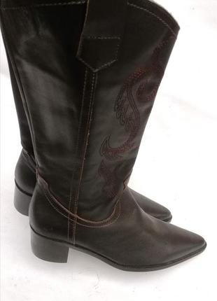 Сапоги казаки бренда duo коричневые с вышивкой натуральная кожа