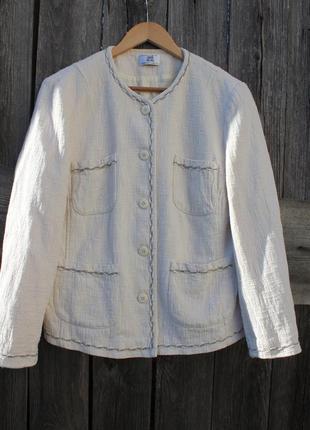 Модный фактурный жакет пиджак