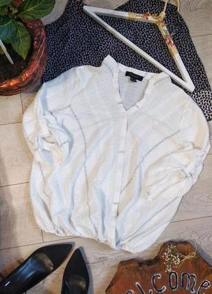 Летняя блуза на запах из структурной ткани