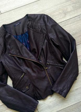 Кожаная куртка косуха винного цвета
