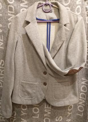 Теплый серый пиджак жакет на флисе c&a