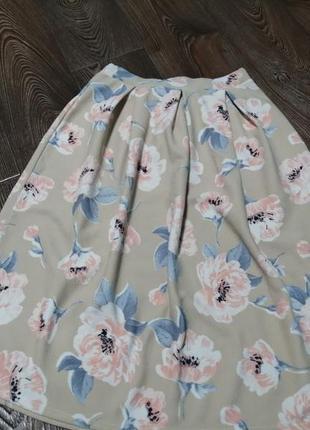 Милая юбка миди в маки
