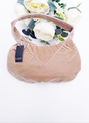 Бежевая бархатная сумочка новая с биркой