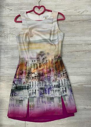 Красивое брендовое платье!