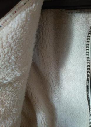 8-10/с-м крутая стеганная меховая жилетка безрукавка с капюшоном9 фото