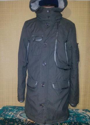 Демисезонная куртка от peroni (l)
