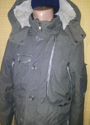 Деми куртка с множеством карманов  от peroni ( l)