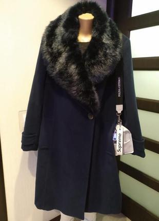 Отличное стильное брендовое пальто с меховым воротником большого размера