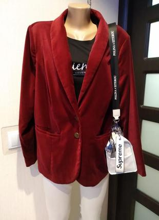 Шикарный стильный пиджак жакет бордовый из велюра