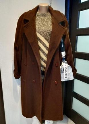 Стильное брендовое теплое длинное пальто шоколадного цвета из натуральной шерсти